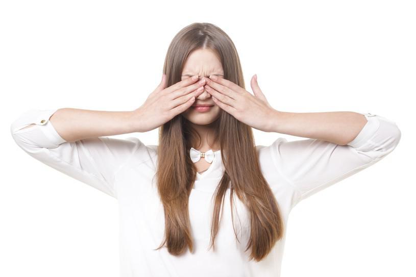 花粉症で目が痒い!何科がベストなの?痒みの3つの対策